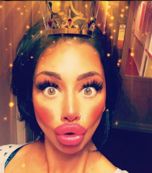 PAY-SINGLE-MUM-OF-ONE-MY-TROUT-POUT-GIVE-ME-CONFIDENCE