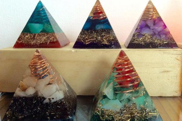 arte orgones piramide