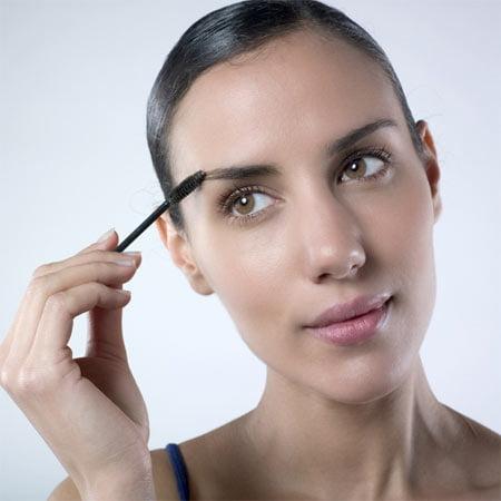 Maquillaje para cejas peine brocha