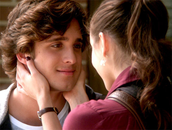 pretty-little-liars-diego-boneta-troian-bellisario-main